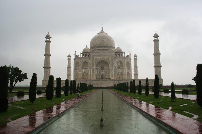 Taj lluvioso Mahal imagen de archivo
