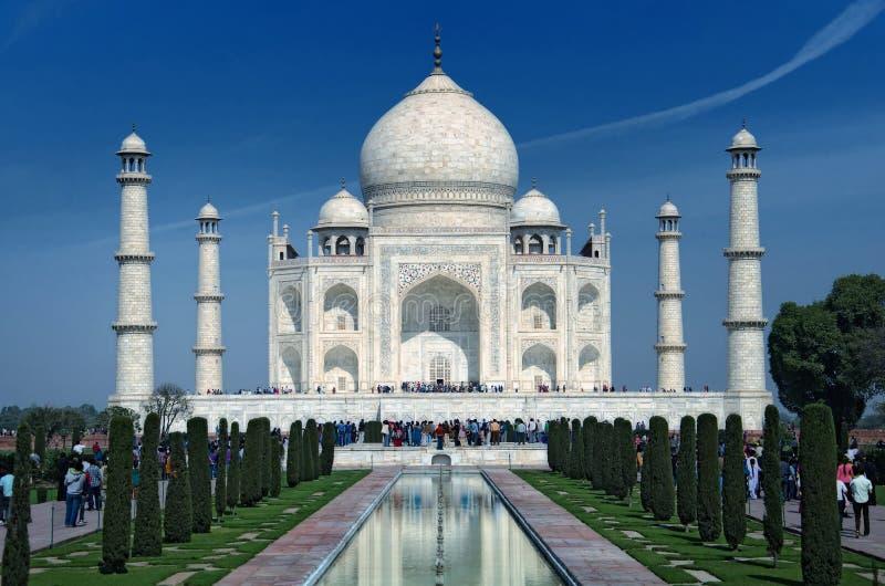 Taj Mahal in Agra stockbilder