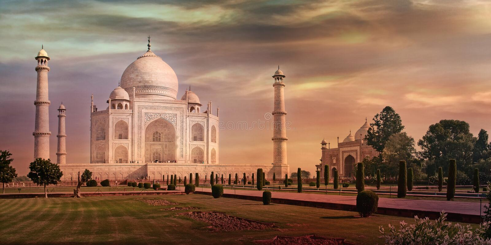 Taj Mahal in Agra, India stock afbeeldingen
