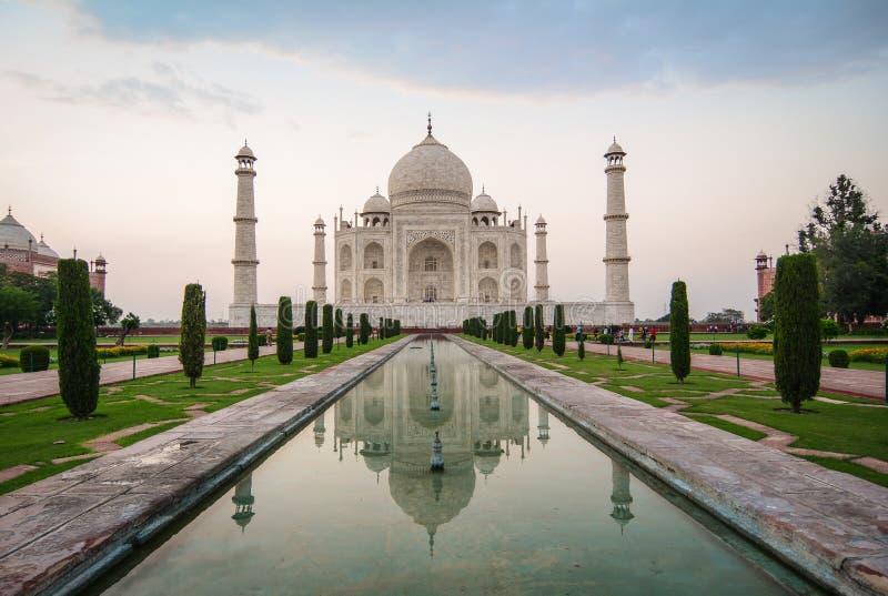 Taj Mahal in Agra, Indien stockbild