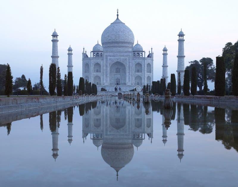 Taj Mahal - Agra - Indien arkivfoton