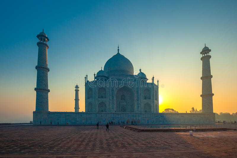 Taj Mahal bij zonsopgang, Agra, India stock foto