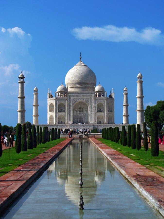 Taj Mahal, das erstaunliche Mausoleum in Agra (Indien) stockbilder