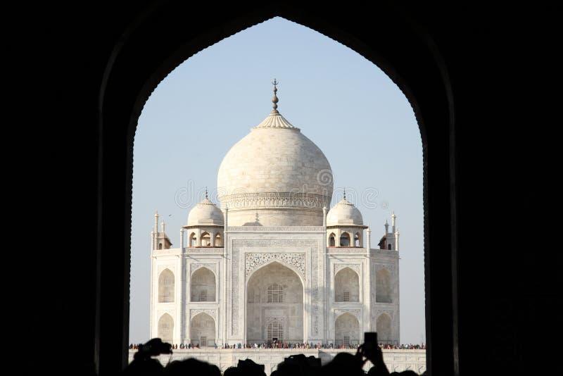 Taj Mahal door overwelfde galerij royalty-vrije stock afbeeldingen
