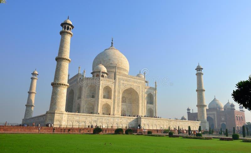 Download Taj Mahal, India editorial photo. Image of asia, lawn - 28328226