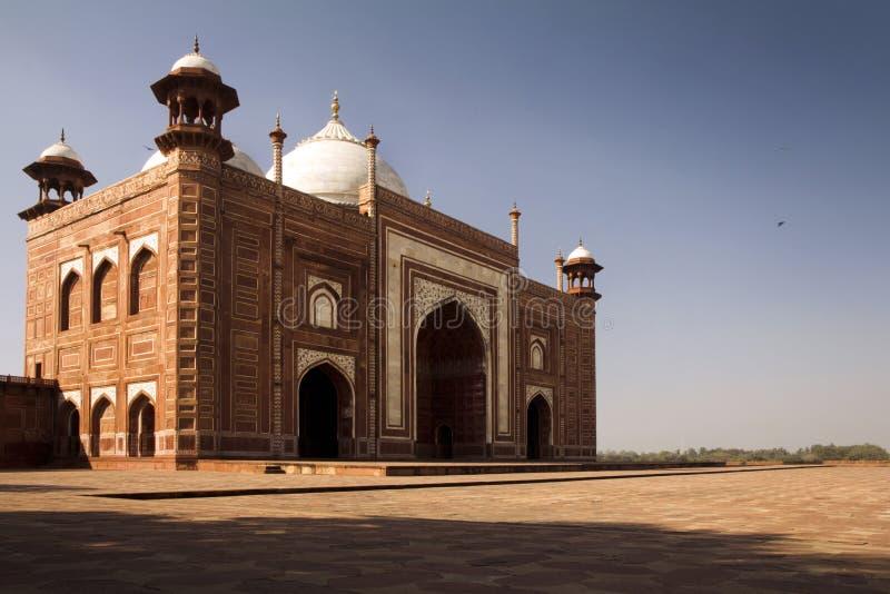Taj Mahal, mesquita ao lado, Agra, India fotografia de stock royalty free
