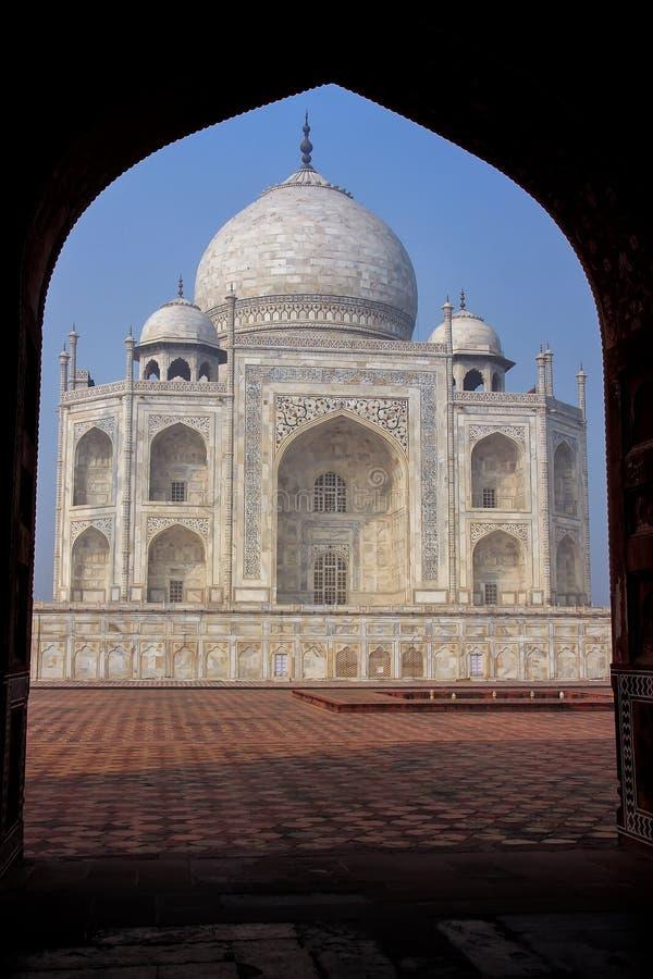 Taj Mahal moldou com o arco do jawab, Agra, Uttar Pradesh, ?ndia foto de stock royalty free