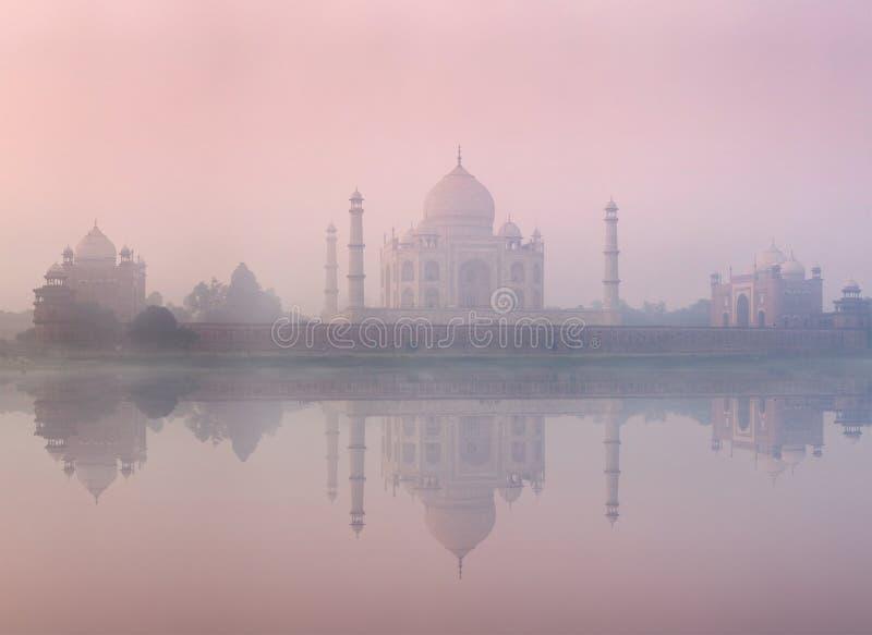 Taj Mahal na wschodu słońca zmierzchu, Agra, India obraz stock