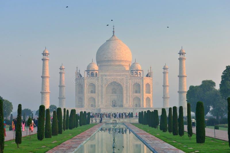 Taj Mahal på gryning, Indien royaltyfria bilder