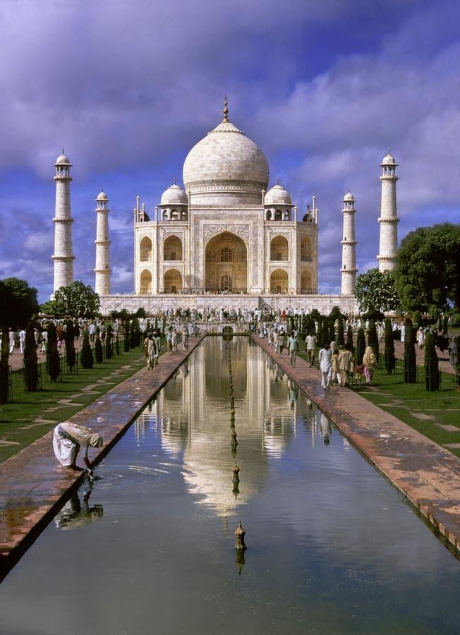 Taj Mahal pligrimage lizenzfreie stockfotografie