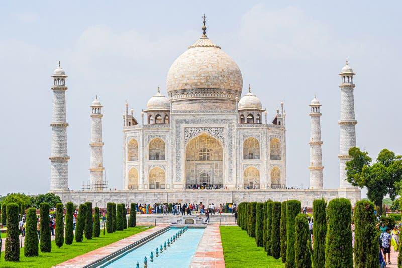 Taj Mahal volle Aussicht während des Tages in Agra India, The Taj unter 7 Wonders der Weltsicht lizenzfreies stockbild
