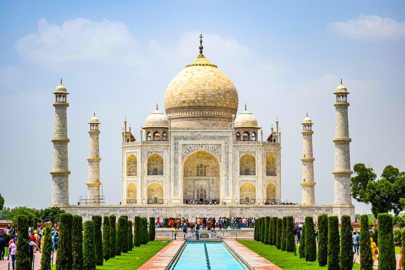 Taj Mahal volle Aussicht während des Tages in Agra India, The Taj unter 7 Wonders der Weltsicht lizenzfreie stockfotos