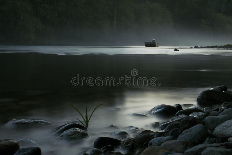 Tajemniczy jezioro zdjęcia royalty free