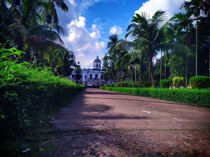 Tajhat Rajbari酒店是孟加拉国历史悠久的宫殿,位于Tajhat 免版税图库摄影