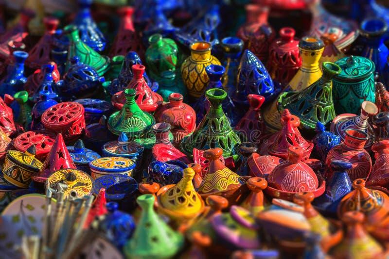 Tajines i marknaden, Marocko royaltyfria bilder