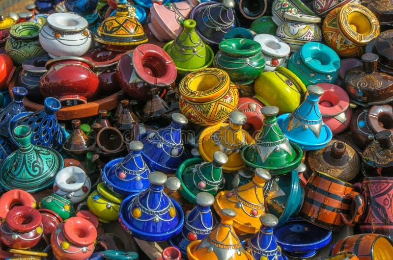 Tajines no mercado, Marrocos foto de stock royalty free