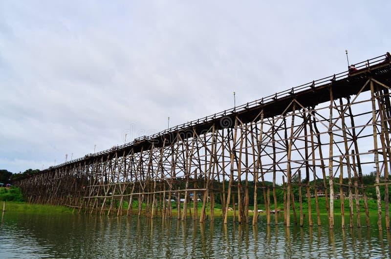 Download Tajlandia Długi Drewniany Most Obraz Stock - Obraz złożonej z azjata, stary: 57663475