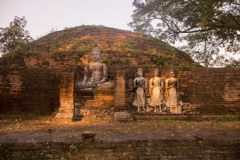 TAJLANDIA PHITSANULOK CHANDRA pałac ruiny obraz royalty free
