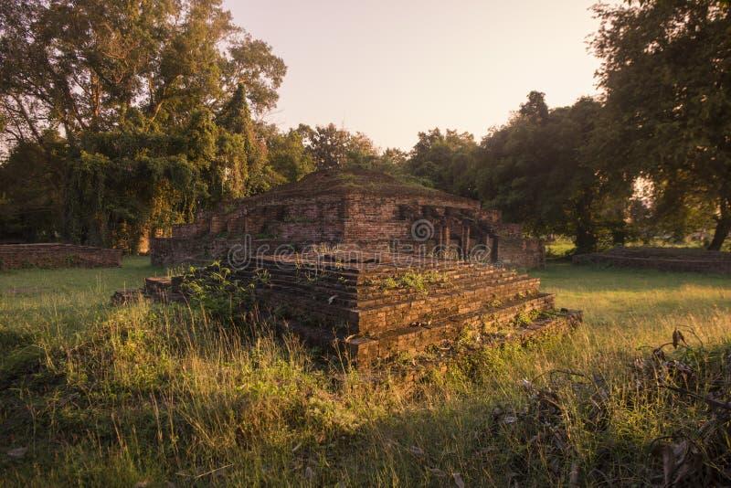 TAJLANDIA PHITSANULOK CHANDRA pałac ruiny zdjęcia royalty free