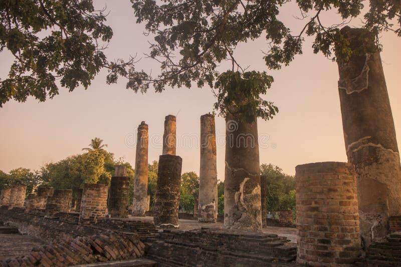 TAJLANDIA PHITSANULOK CHANDRA pałac ruiny zdjęcie royalty free