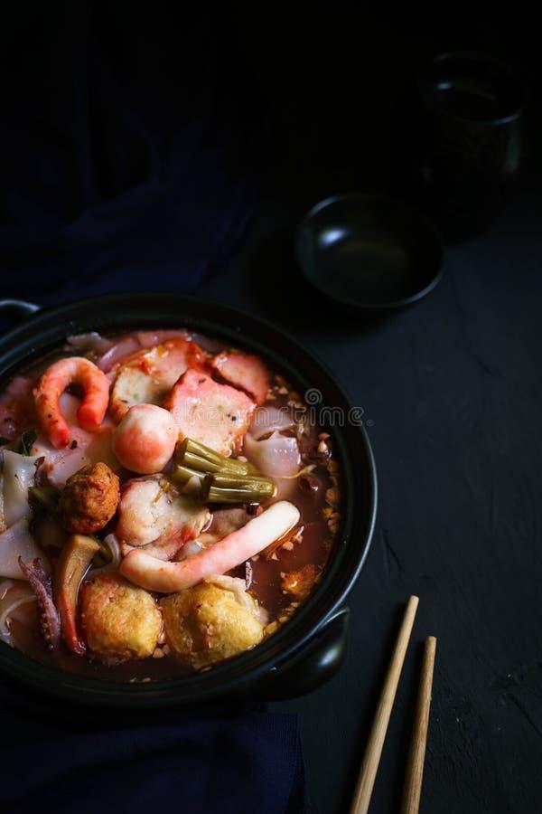 Tajlandia tradycyjna kuchnia, jen Ta Fo, Tajlandzki kluski, Uliczny jedzenie fotografia stock