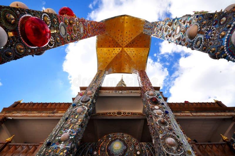 Tajlandzka świątynia, Phasornkaew świątynia w Thailand obrazy stock