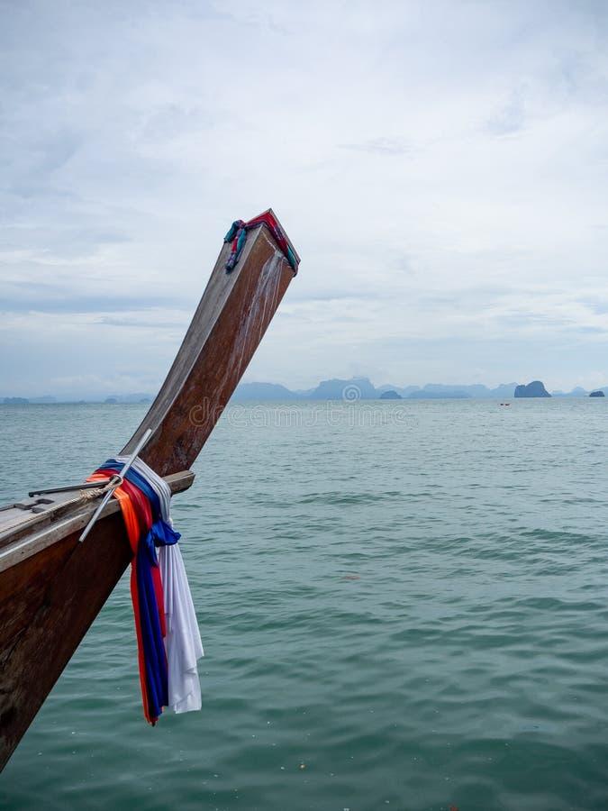 Tajlandzka Longtail Łódkowata przejażdżka w Phang Nga zatoce Tajlandia zdjęcia royalty free