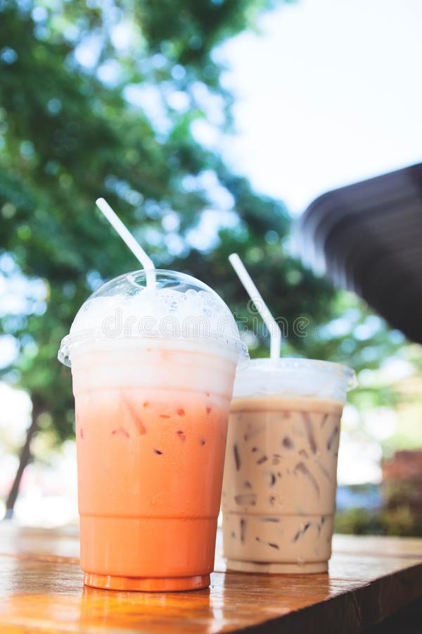 Tajlandzka lukrowa herbata z dojną i lukrową kawą fotografia stock