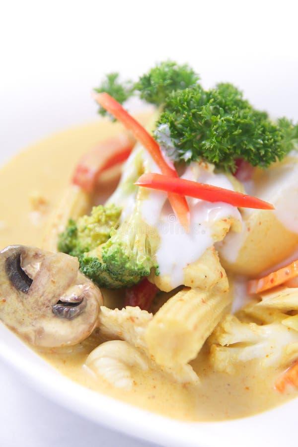 Tajlandzki żółty curry z mieszanek warzywami. fotografia royalty free