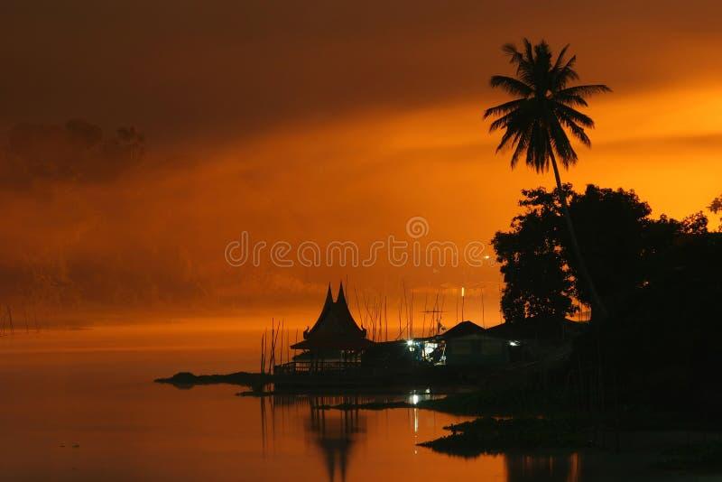 tajlandzki domu spławowy styl fotografia royalty free