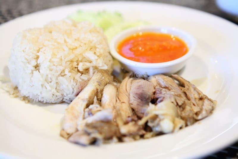 Tajlandzki karmowy smakosz dekatyzował kurczaka z ryż, khao mun kai obraz stock