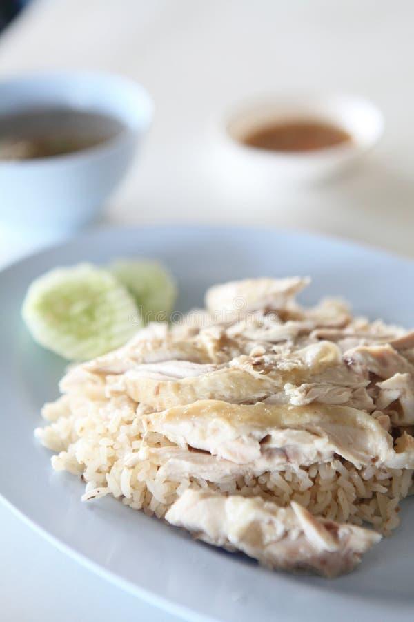 Tajlandzki karmowy smakosz dekatyzował kurczaka z ryż, khao mun kai fotografia royalty free
