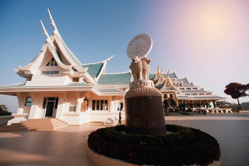 tajlandzki kościół w Wata Pa Phu Kon, Tajlandia obraz stock