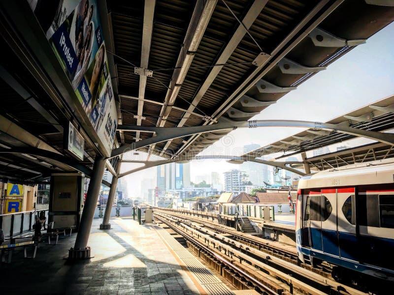 Tajlandzki niebo pociąg zdjęcia royalty free