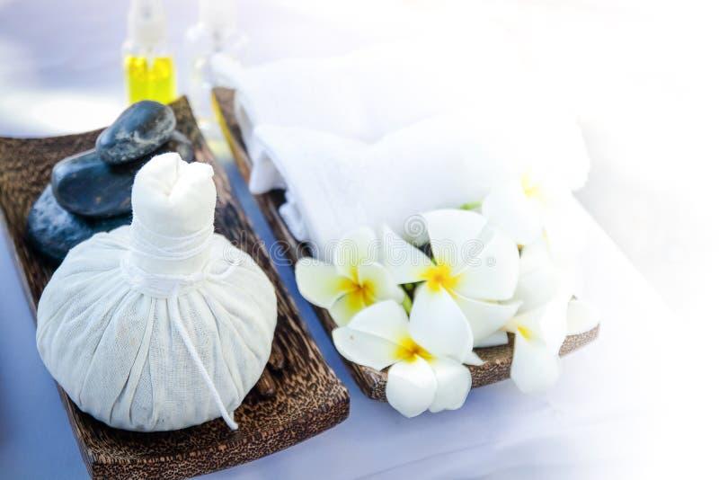 Tajlandzki ziołowy kompresu i zdroju masażu wyposażenie obraz stock