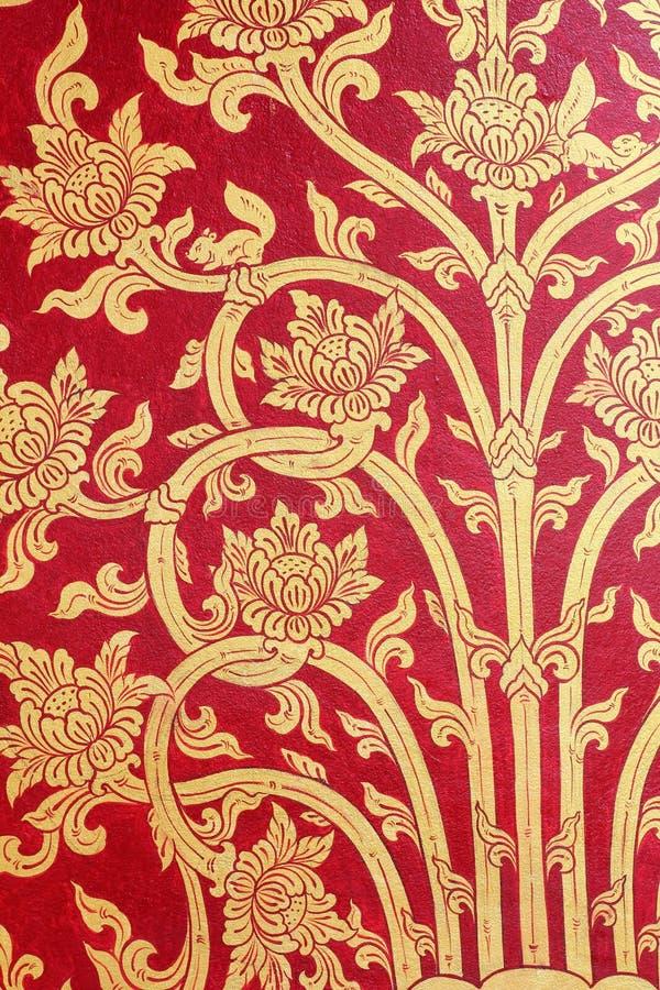 Download Tajlandzkiej Sztuki Złota Czerwona ściana Obraz Stock - Obraz złożonej z świątynia, stary: 53791737