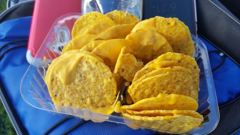 także dostępni serowi horyzontalni nachos obrazy stock