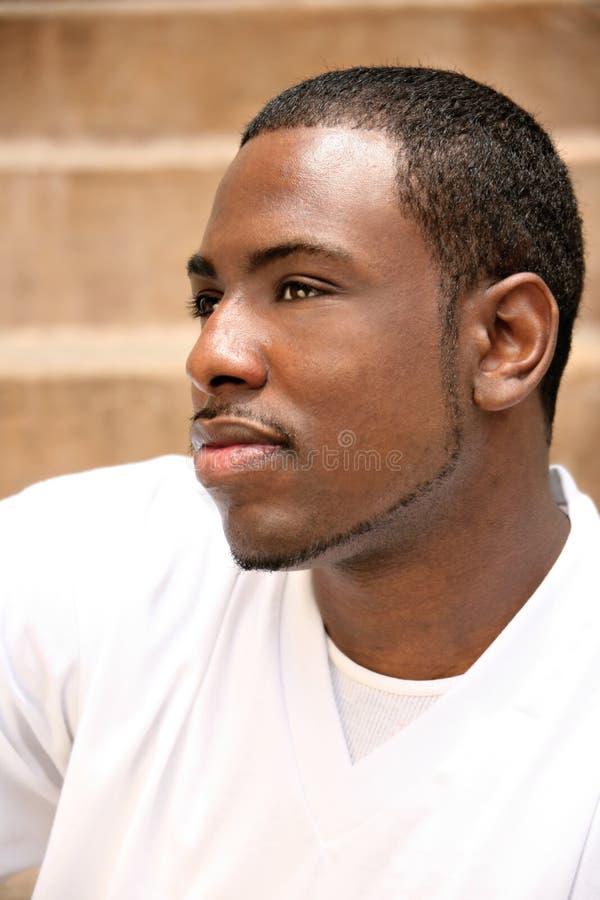 tak, afroamerykanin przystojny jego ludzie się zastanawiać obrazy stock