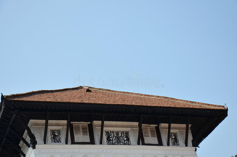 Tak av Hanuman Dhoka på den Basantapur Durbar fyrkanten i Katmandu royaltyfri fotografi