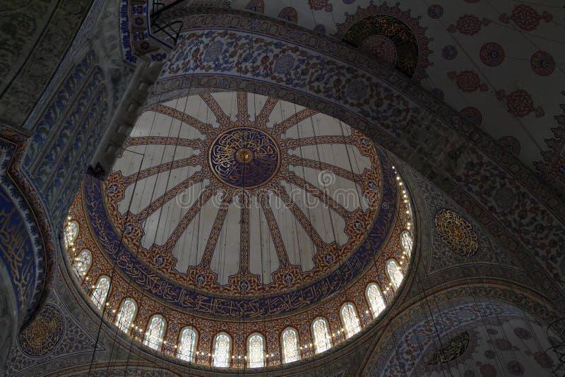 Tak av Sultan Ahmed Mosque i Istanbul arkivbilder
