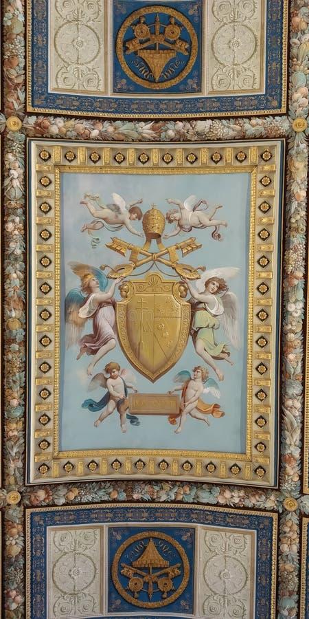 Tak för Vaticanenmuseumhall specificera fotografering för bildbyråer