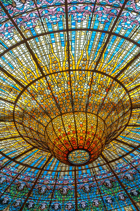 Tak i den Misic slotten, Barcelona, Spanien royaltyfria foton