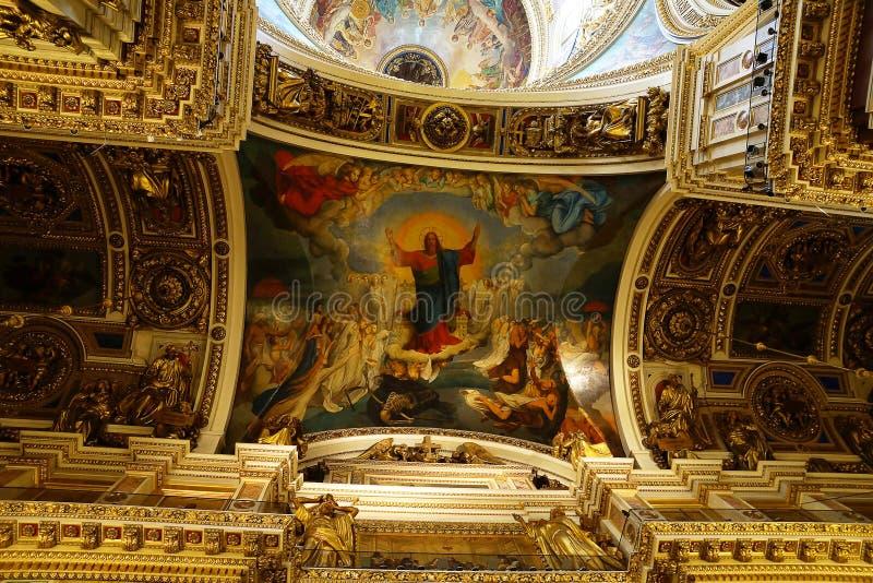 Tak i Sten Isaac Cathedral, St Petersburg Ryssland arkivbild