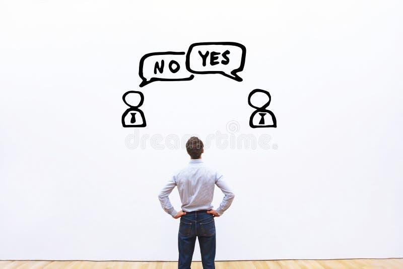 Tak vs żadny, negocjaci, dialog lub spora pojęcie, obraz stock