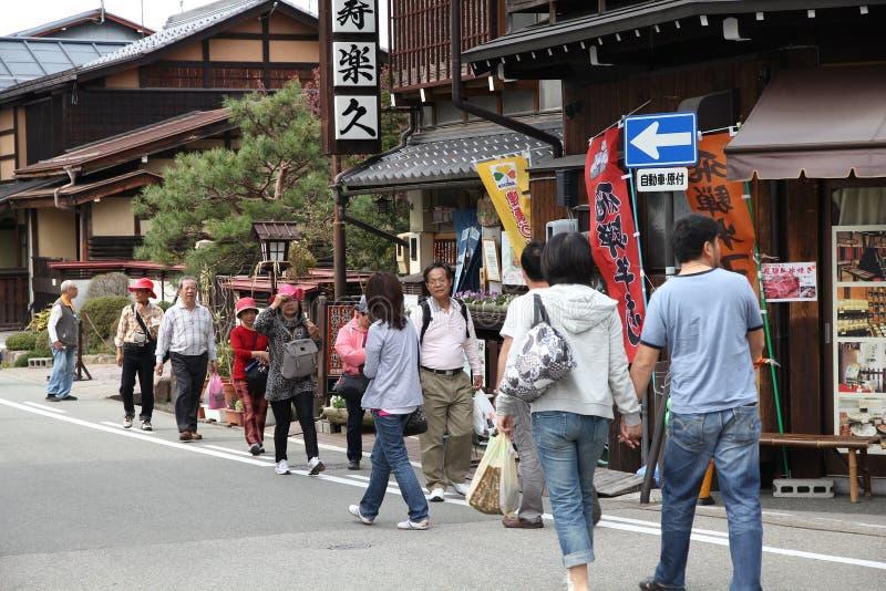 Takayama turister arkivbild