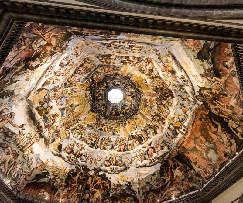Takdetalj av den DuomodiFirenze domkyrkan, domkyrka av helgonet arkivfoton