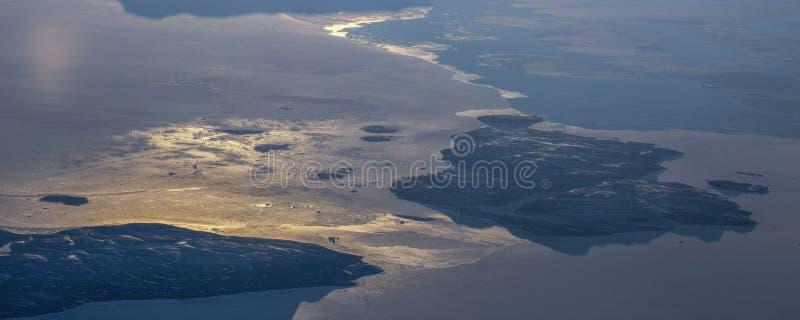 12Take een satellietbeeld van het ijs en de zonsopgang over de bering Straat ï ¼ ˆ1ï ¼ ‰ royalty-vrije stock foto's