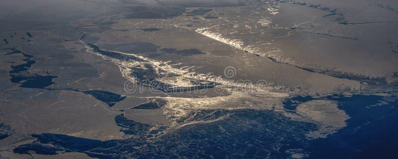 25Take een satellietbeeld van het ijs en de zonsopgang over de bering Straat ï ¼ ˆ1ï ¼ ‰ stock fotografie