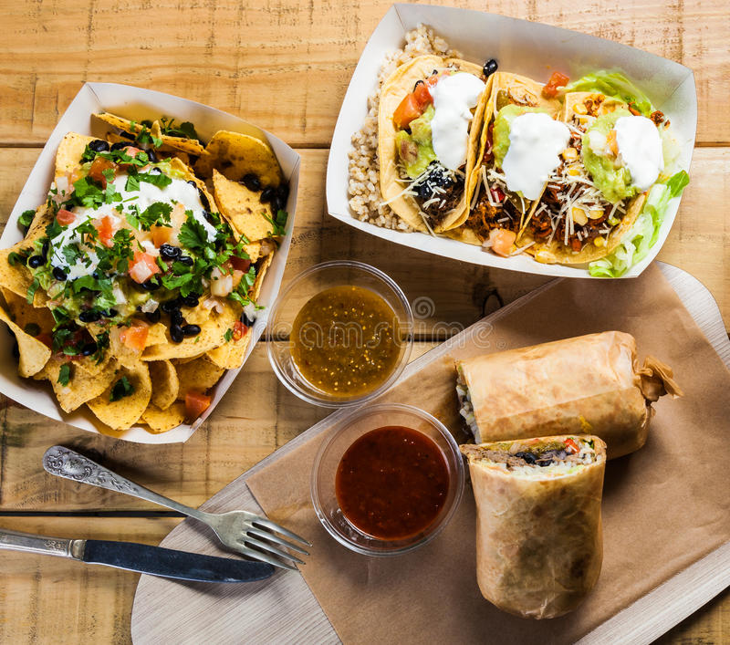 Take-$l*away μεξικάνικα τρόφιμα στοκ εικόνες