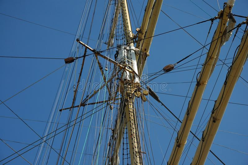 Takelung eines Segelschiff ` Kruzenshtern-` stockbilder